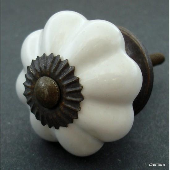 Úchytka bílá 4,2 cm