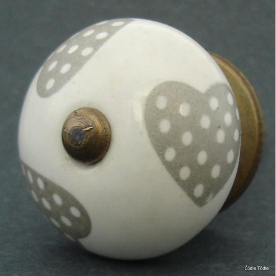 Nábytková úchytka bílá s hnědými srdíčky 3,7 cm - knopka
