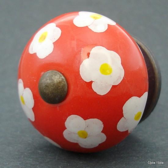 Nábytková úchytka červená 4 cm - knopka