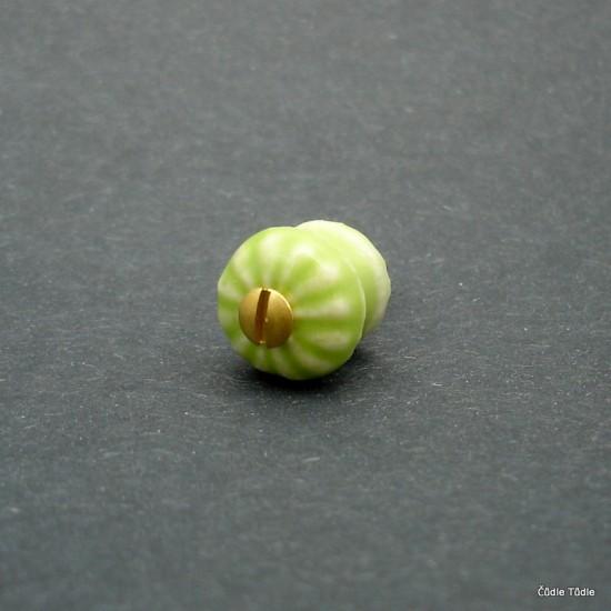 Nábytková knopka světle zelená 1,4 cm s vrutem- úchytka