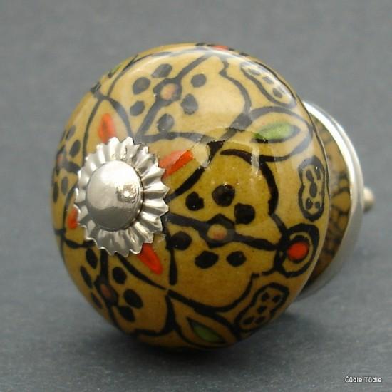 Nábytková úchytka hnědá s ornamentem 4 cm - knopka