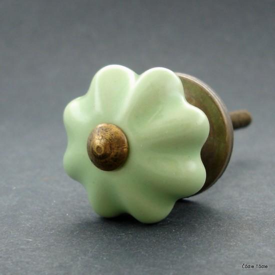 Nábytková úchytka světlounce zelená 3 cm - knopka