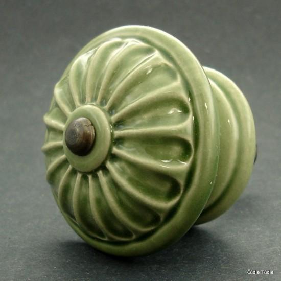 Nábytková knopka lahvově zelená 5,5 cm se šroubem - úchytka
