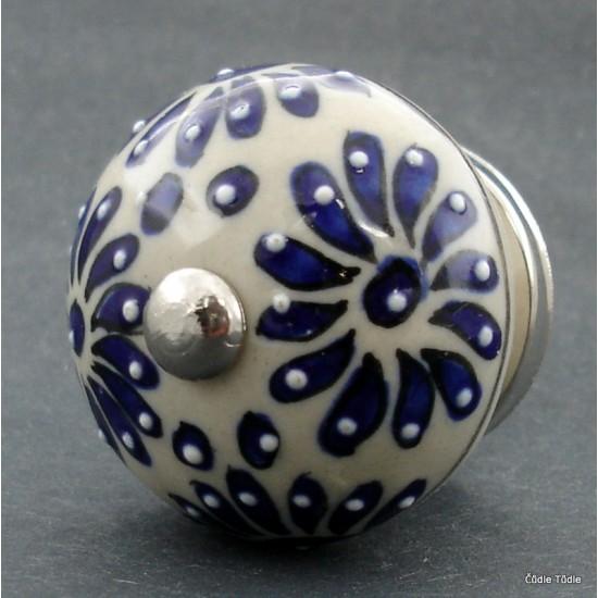 Nábytková úchytka krémová s reliéfními kvítky  4 cm - knopka
