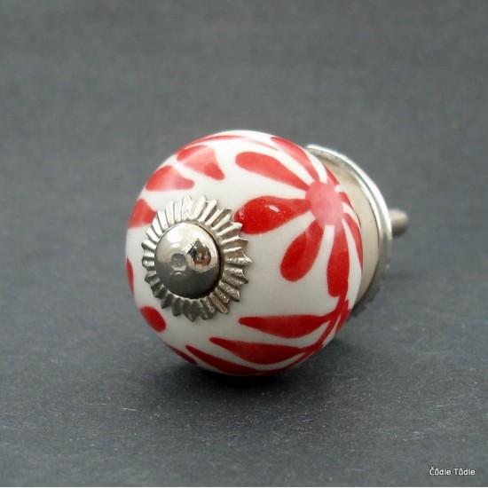 Nábytková úchytka bílá s červenou květinou 3 cm - knopka