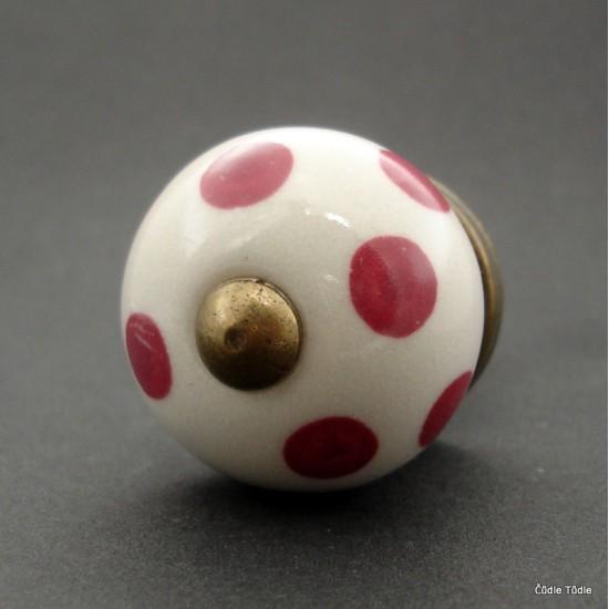 Nábytková úchytka bílá s tmavě růžovými puntíky 3 cm - knopka