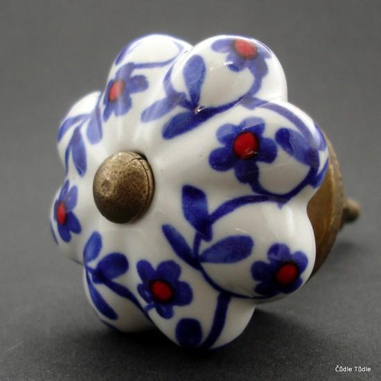 Nábytková úchytka bílá s modrými kvítky 4,2 cm - knopka