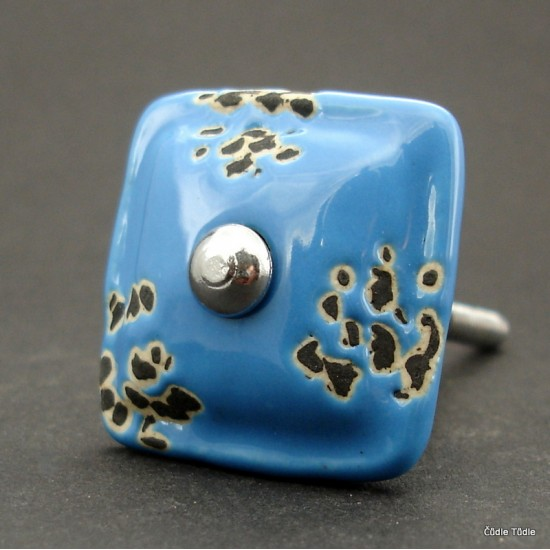 Nábytková úchytka světle modrá s patinou 3,5 cm - knopka