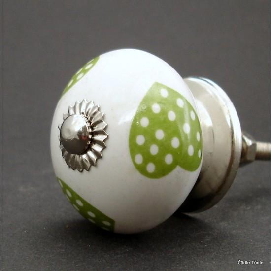 Nábytková úchytka bílá se světle zelenými srdíčky 3,7 cm - knopka