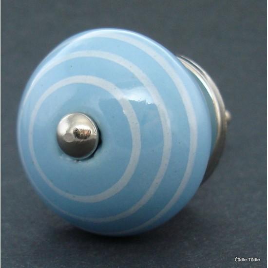 Úchytka světle modrá  3,7 cm