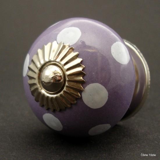 Nábytková úchytka fialová s bílými puntíky 4 cm - knopka