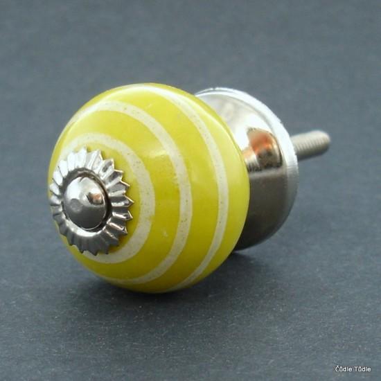 Úchytka žlutá 3 cm