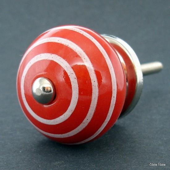 Úchytka červená 3,7 cm
